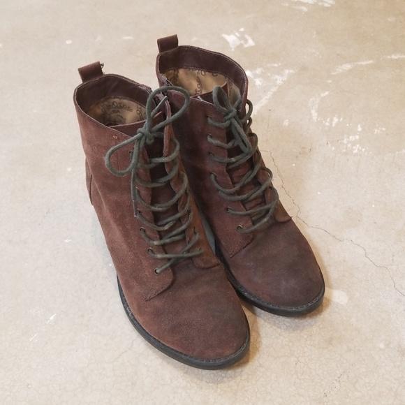 304ddf9c6d662 Vintage Zodiac Brown Suede Leather Ankle Boots